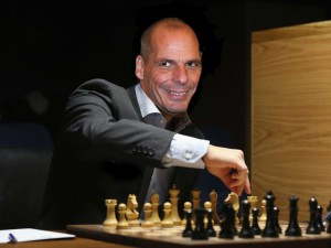 what-greek-finance-minister-yanis-varoufakis-used-to-believe-about-game-theory-and-the-incredible-threat-to-europe
